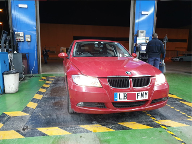 BMW 320d at import test