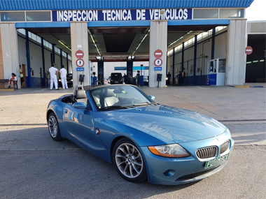 BMW Z4 at ITV Test Centre