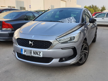 Citroen DS5 with new Spanish plates