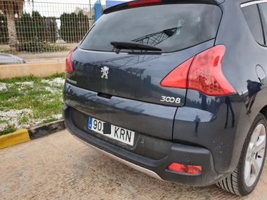 Peugeot 3008 with new Spanish plates
