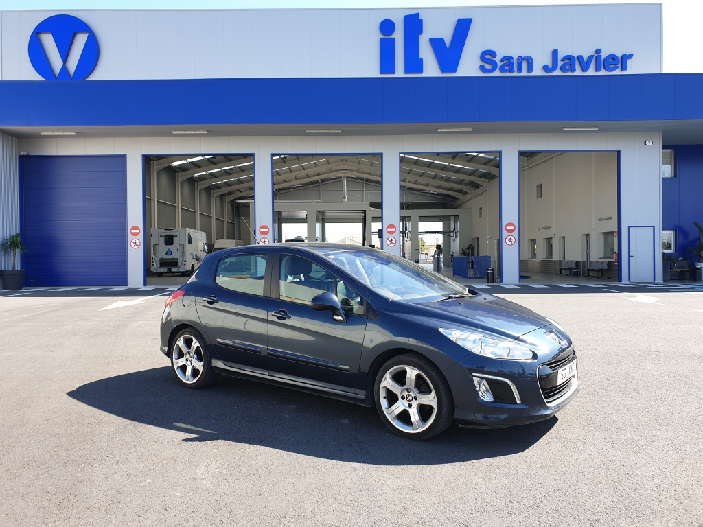 Peugeot 308 passes ITV import test