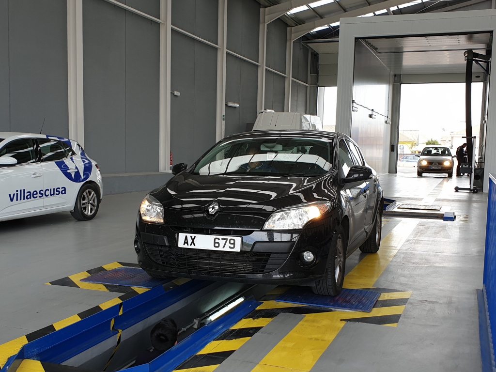 Renault Megane during import test