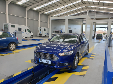Ford Mondeo over inspection pit during ITV import test