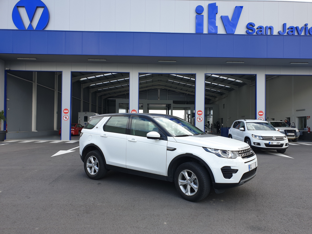 Landrover Discovery from Cadiz passes ITV import test